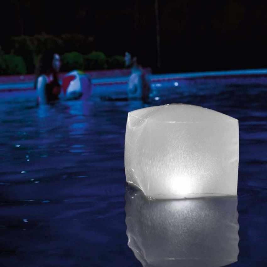 28694 - Cube Lumineux Flottant LED Intex 28694 pour Jardin et Piscine - trasparente